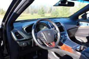 Inside the Lincoln MKX