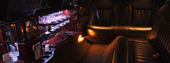 Inside of Lincoln Executive 8 Passenger Stretch Limo