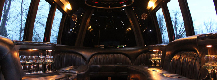 Interior Ford E450 Day